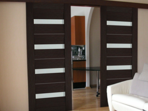 Different Sliding Door Options for Room Dividers